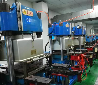 Silicone product thermal press and molding machine